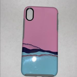 iPhone XS Max otter box case